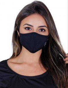 Máscara se tronou moda.